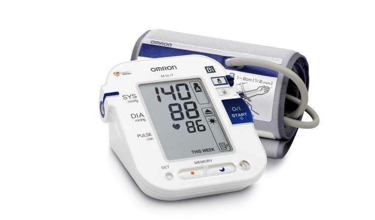 Апарат за измерване на кръвно налягане OMRON M10IT