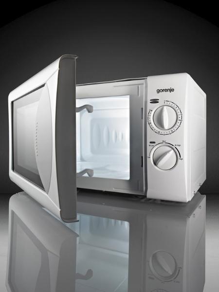 Микровълнова печка Gorenje MO200MW